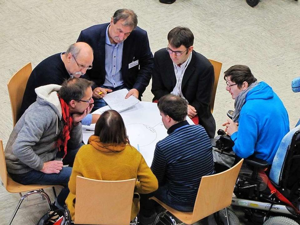 Zusammen Ziele entwickeln: Das steht in der Stadtpolitik  wieder an.    Foto: Sabine Ehrentreich