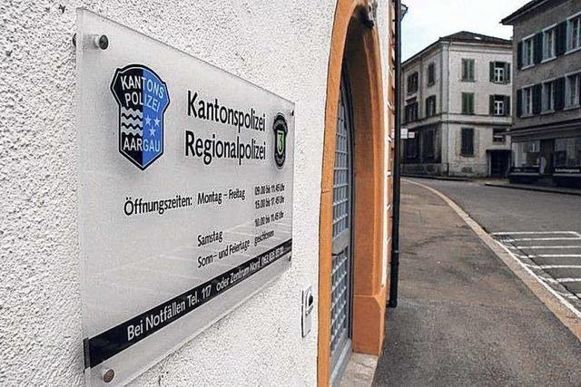 Kantonspolizei sucht bei Rheinfelden vergeblich nach Spuren