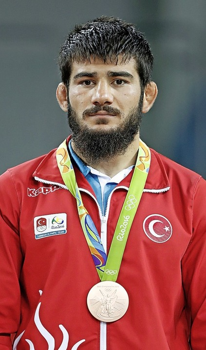 Olympia-Bronze 2016: der Türke Söner Demirtas ist einer der Stars in Burghausen.  | Foto: JACK GUEZ