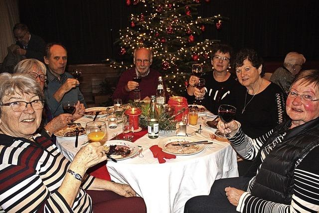 Gemeinsames Weihnachtsessen in Gundelfingen
