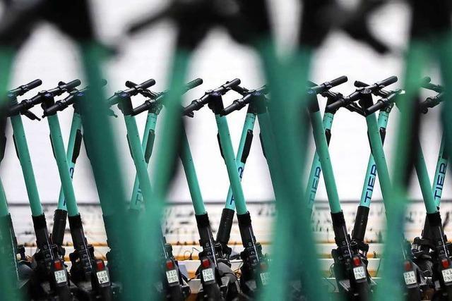 Basler Fasnachtsmotto stellt Elektro-Tretroller in den Mittelpunkt
