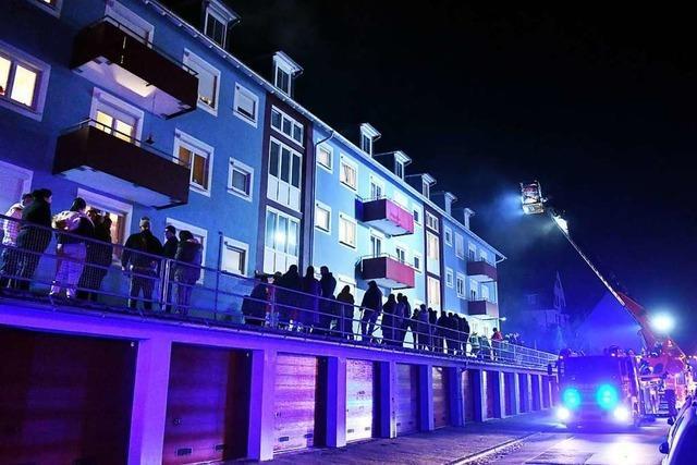 63 Bewohner müssen nach Kellerbrand Haus in Lahr verlassen