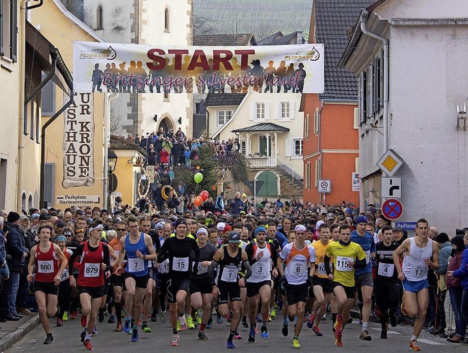 Los geht's für das Rekordteilneh...nnika Autenrieth als schnellste Frau.     Foto: Volker Münch