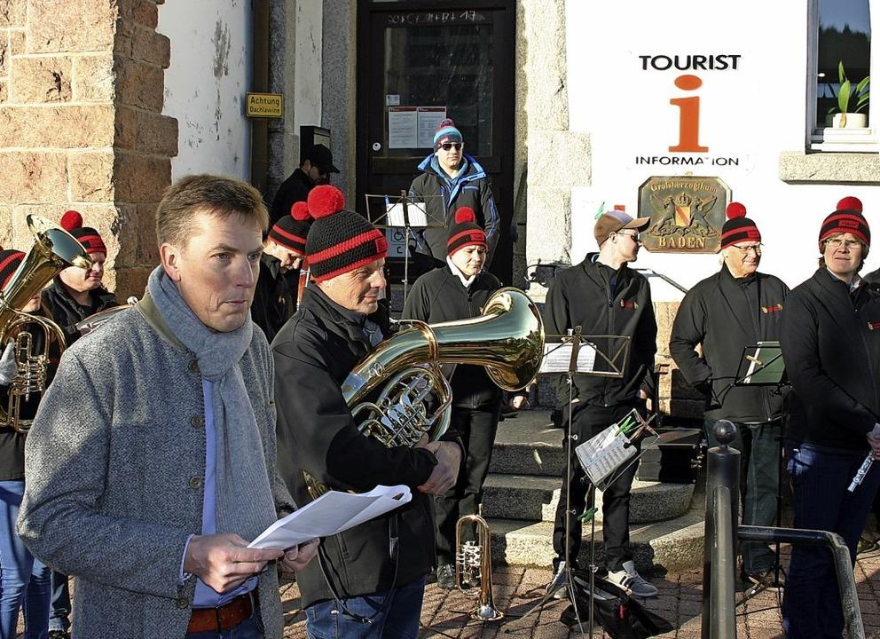 In seiner Neujahrsansprache setzte Bür... und Einwohnern zugute kommen sollen.     Foto: Hans-Jochen Köpper