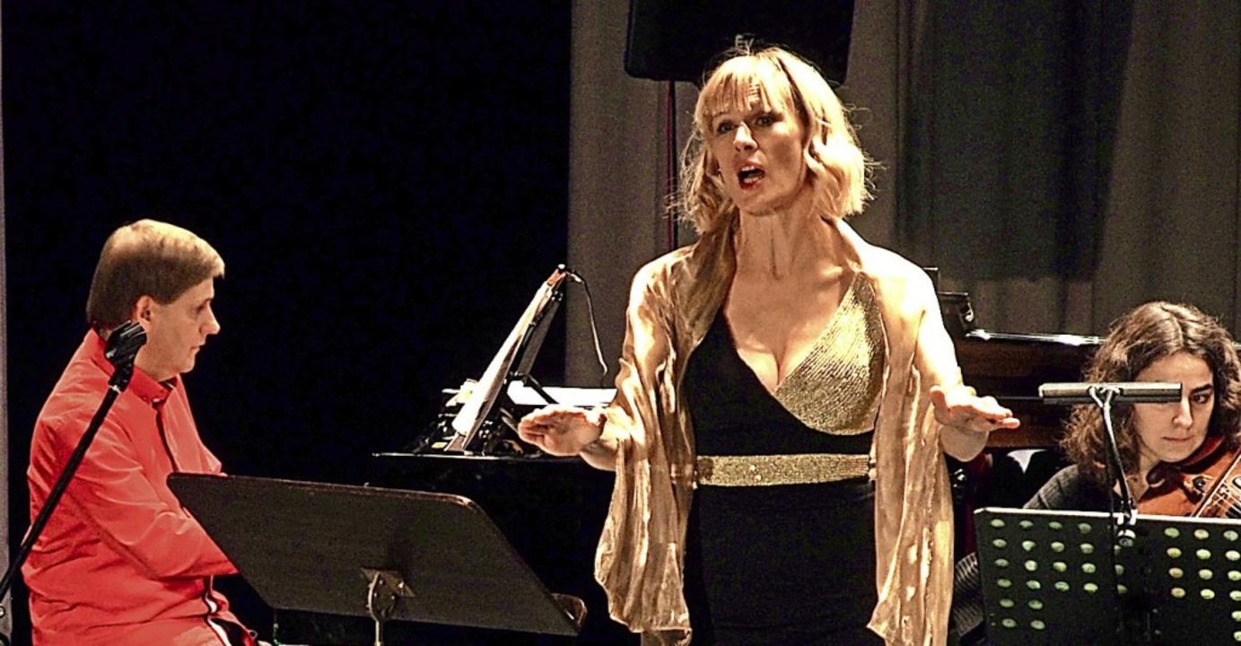 Die Sopranistin Christine Schmid bei ihrem Konzert  in Badenweiler    Foto: Markus Donner