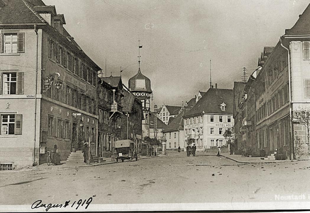 Die Neustädter Hauptstraße vor 100 Jahren    | Foto: Roland Weis