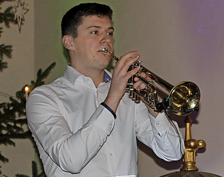 Florian Hummel trat als Solist auf.  | Foto: Christa Maier