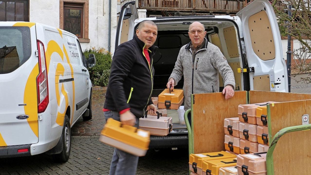 Michael Maurer (links) und Eberhard Sc... Martin und des Hauses St. Katharina.     Foto: Ruth Seitz