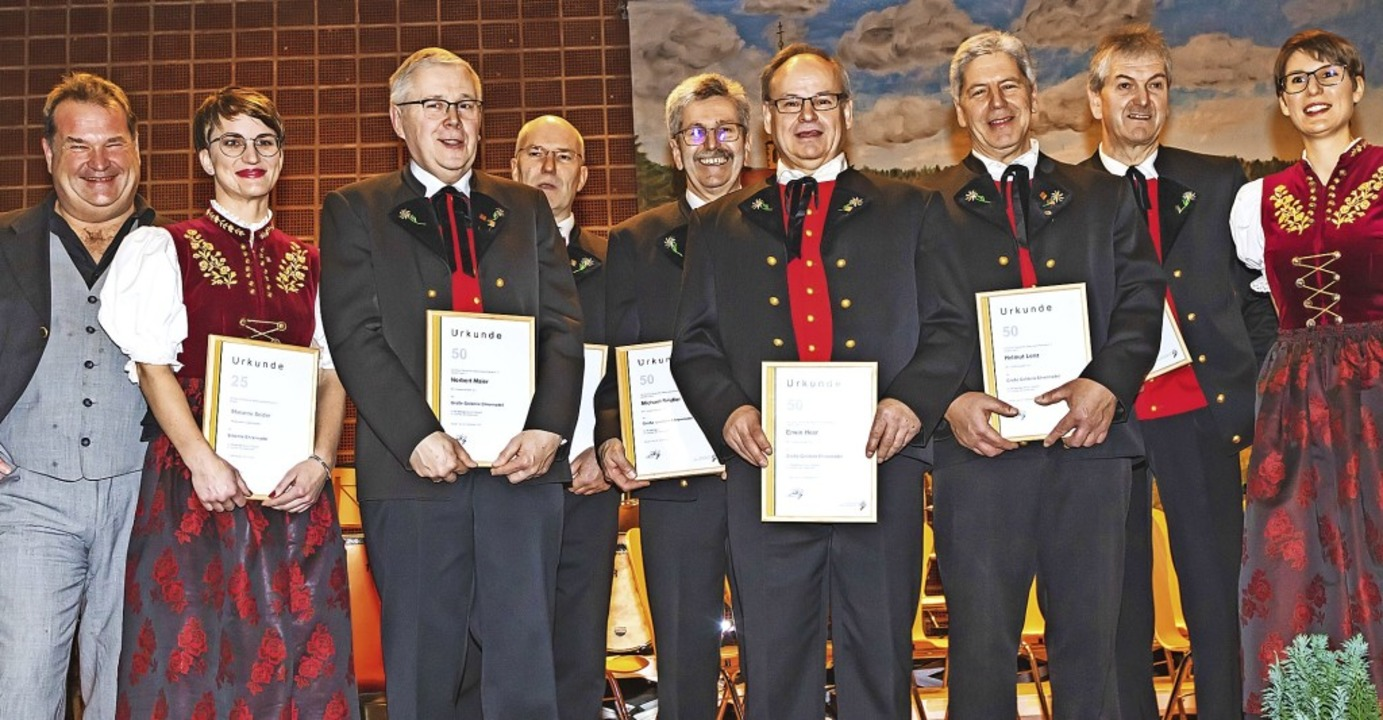 Gottfried Hummel (ganz links) und MV-V... Heer, Helmut Lenz  und Georg Seidler.  | Foto: Wilfried Dieckmann