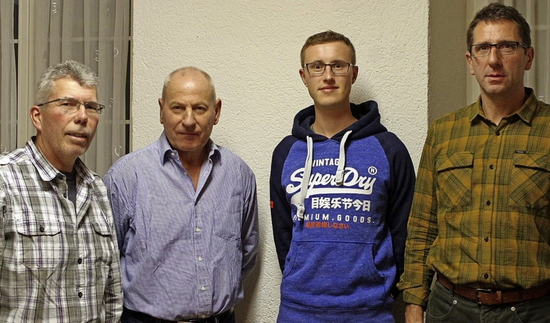 Neu im Aufsichtsrat ist Jonas Authenri...d Vorsitzender Armin Fröhner (rechts)     Foto: Manuela Schmitt