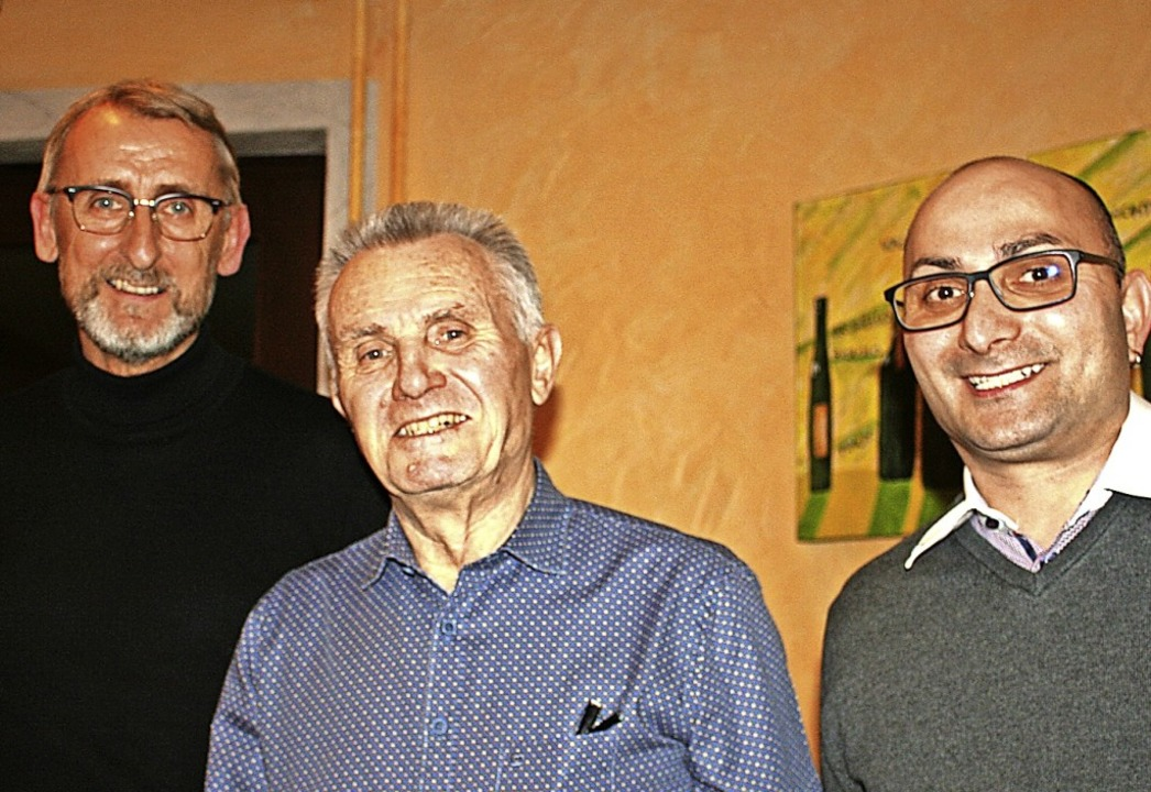 Seit 50 Jahren ist Altbürgermeister Kl...svereinsvorsitzende Sascha Schneider.   | Foto: Marlies Jung-Knoblich