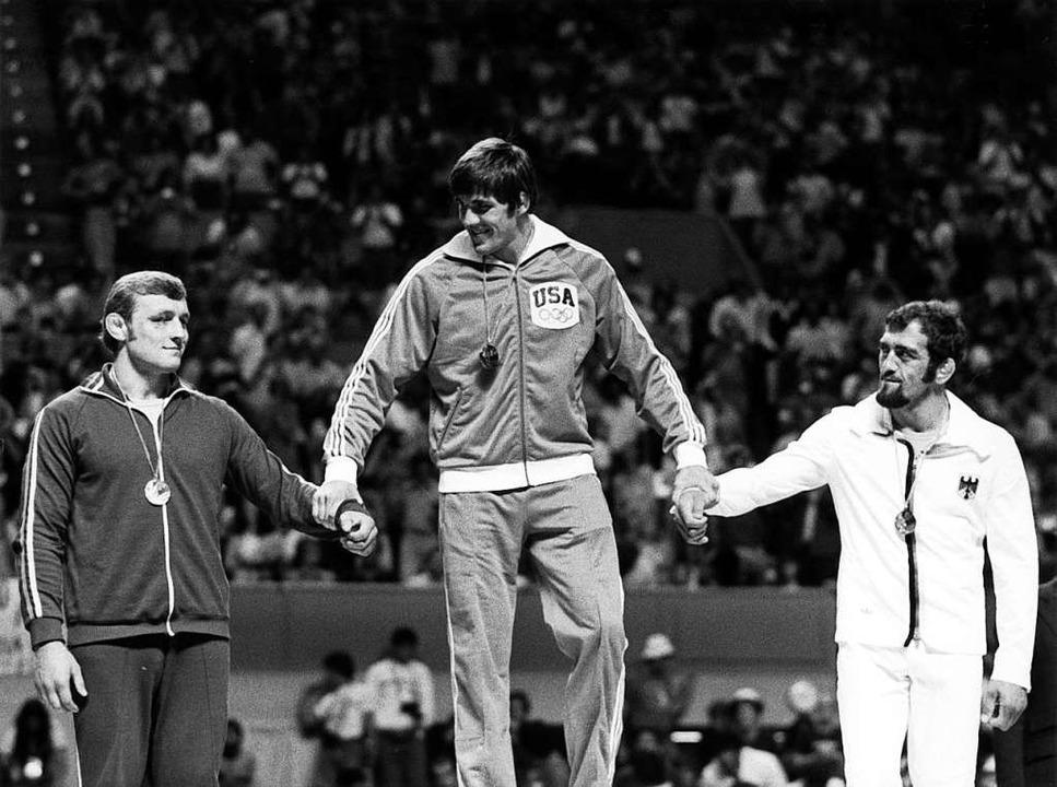 Adolf Seger (rechts) bei den Olympisch...owoljow aus der damaligen Sowjetunion.    Foto: -