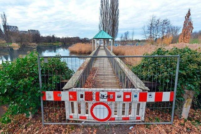 Holzsteg am Flückigersee wird erst 2021 erneuert