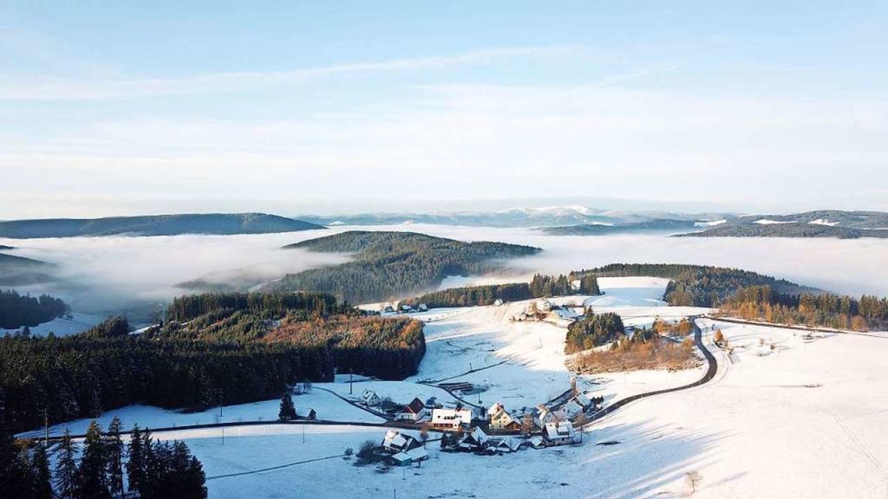 Anfang November kleidete  der erste Sc...nd sorgte für einen schönen Ausblick.   | Foto: Rainer Vogelbacher