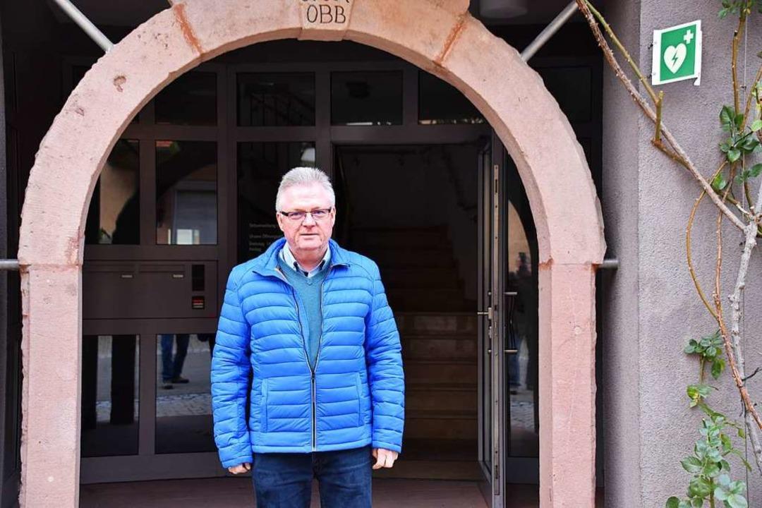 Udo Beck ist der mittlerweile schon ni... so neue Ortsvorsteher von Oberbergen.    Foto: Thomas Rhenisch