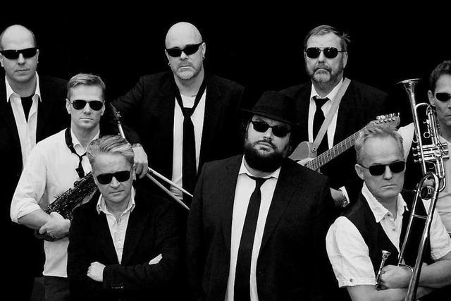 Blues Brothers statt Radetzky-Marsch: Neujahr mit dem Philharmonischen Orchester Freiburg