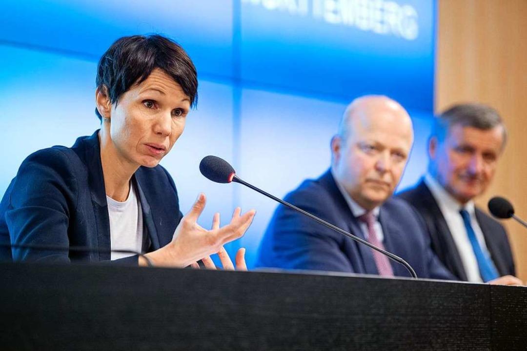 Judith Skudelny, FDP-Generalsekretärin...raktionsvorsitzender Hans-Ulrich Rülke  | Foto: Sebastian Gollnow (dpa)