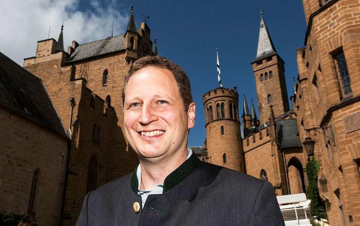Prinz Georg Friedrich von Preußen 2017 auf der Burg Hohenzollern bei Hechingen     Foto: Patrick Seeger (dpa)