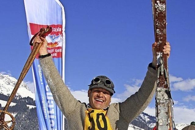 Nostalgie-Ski-Fahrer im Rausch der Vergangenheit