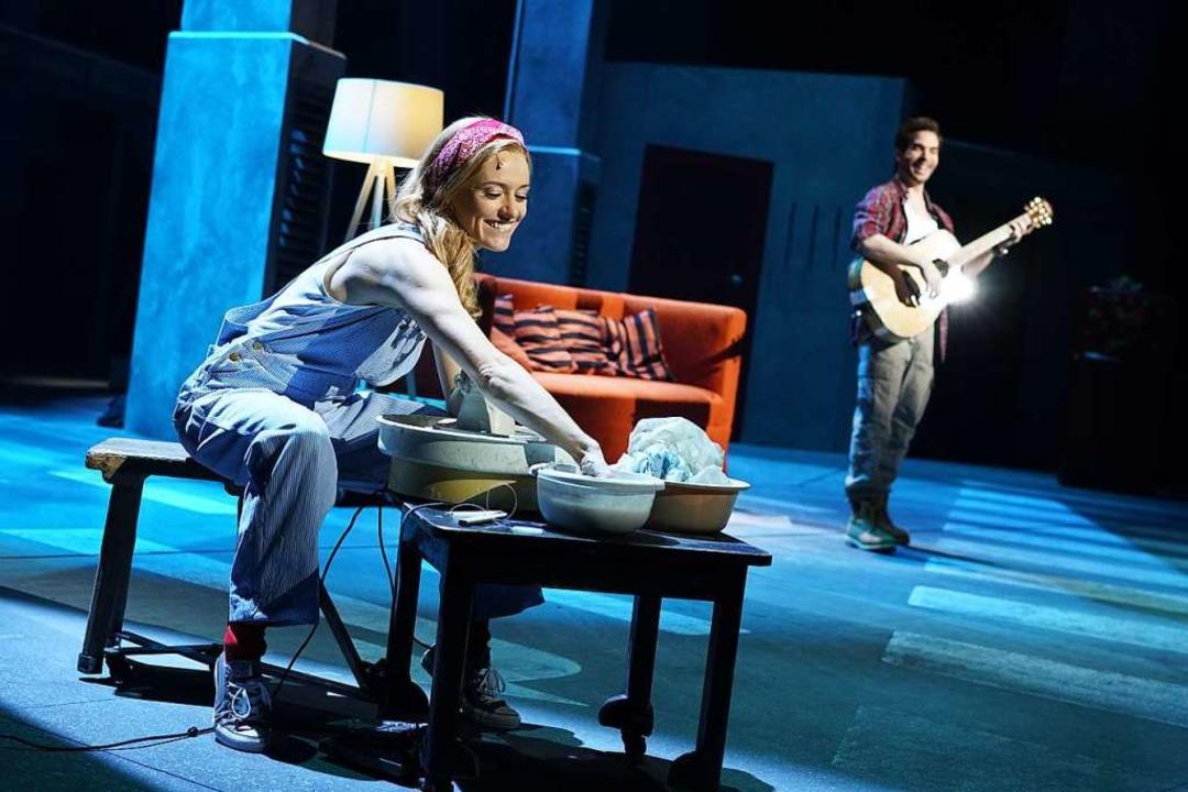 Einander in Liebe verbunden: Molly und Sam  | Foto: Stage Entertainment