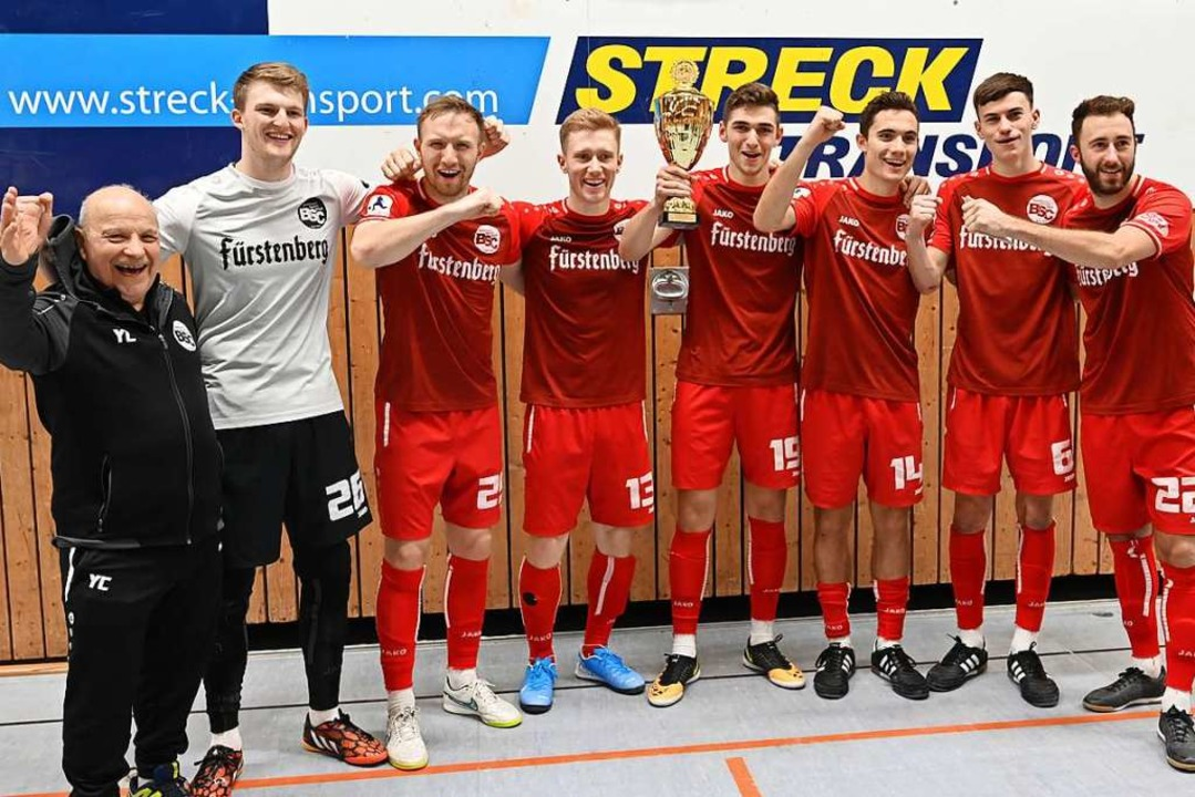 Der Bahlinger SC sichert sich auch den Streck-Cup in Endingen.  | Foto: Achim Keller