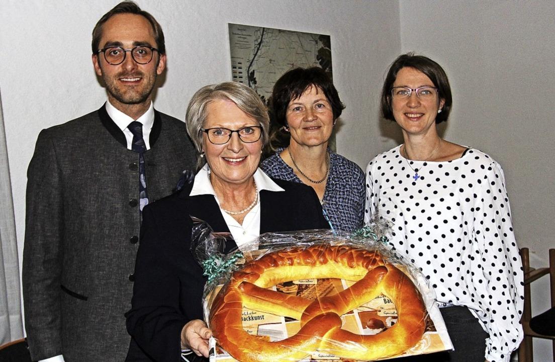 Bürgermeister Benjamin Bohn, Schelinge...ckten auf das vergangene Jahr zurück.   | Foto: Herbert Trogus