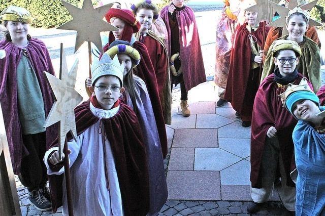 Kleine Könige helfen Kindern weltweit