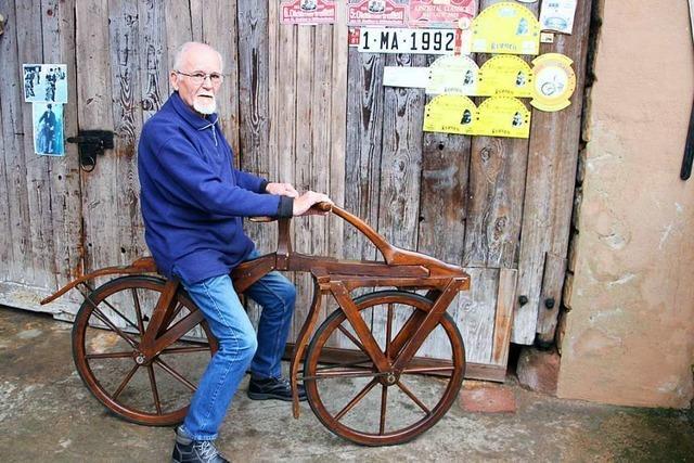 Zwei Herbolzheimer sammeln Fahrrad-Oldtimer und fahren auf ihnen durchs ganze Land
