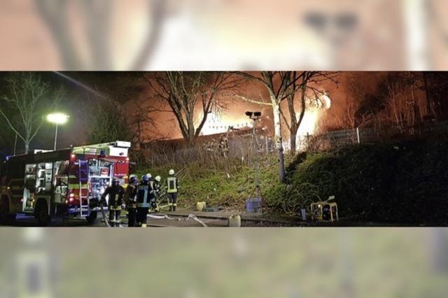 Flammen zerstören Kindergarten