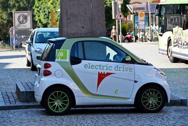 Landtagsabgeordneter hält Plädoyer für den Ausbau der E-Mobilität