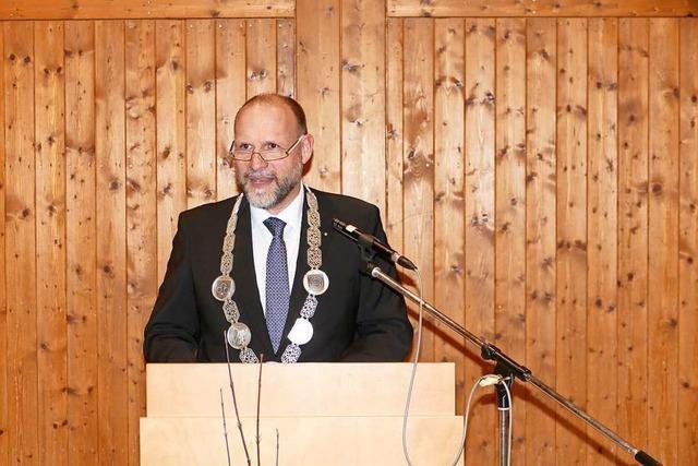 Wolfgang Brucker wirbt beim Neujahrsempfang für mehr Respekt