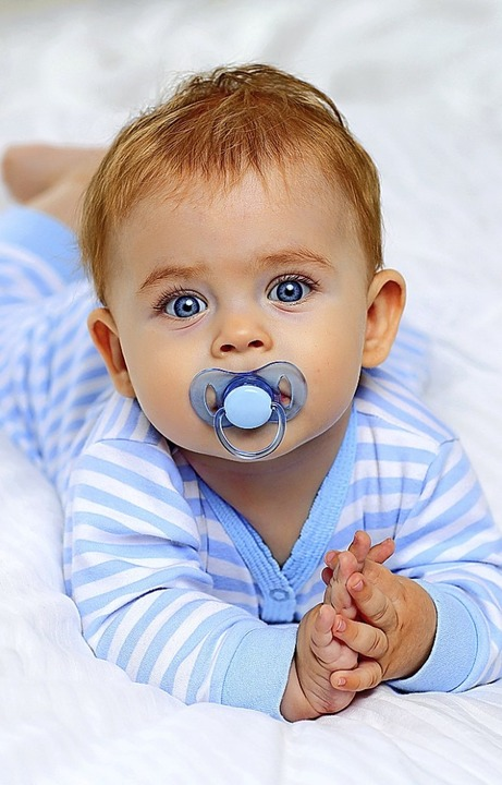 59 mal überschäumendes Glück gab es 20...ndorf durch die Geburten ihrer Kinder.    Foto: dinaphoto - stock.adobe.com