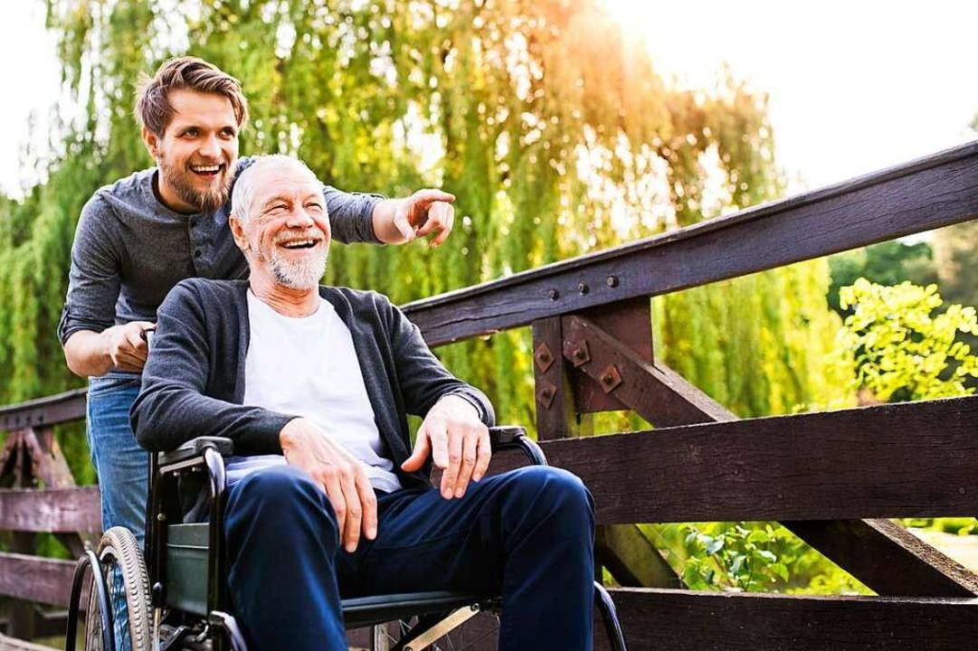 Freiwilligendienste sind vielfältig:  ...te in der Alten- und Krankenpflege,...  | Foto: Halfpoint - stock.adobe.com