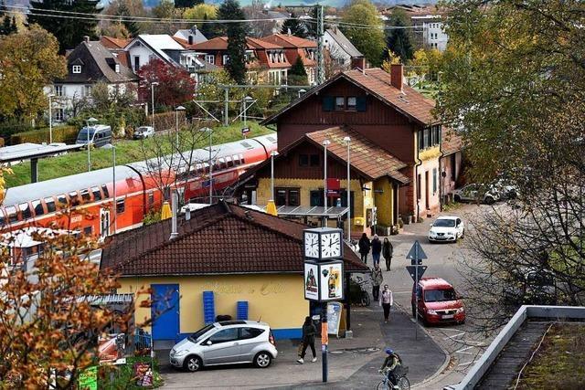 Beim Neujahrsempfang in Littenweiler ging es um den Fahrplan fürs neue Bahnhofsareal
