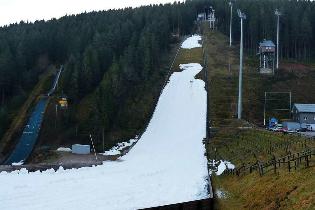 Es Gibt Genugend Schnee Fur Den Weltcup Der Skispringer In Titisee Neustadt Skispringen Badische Zeitung
