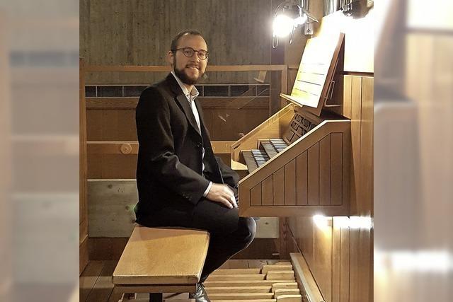 Der Organist Julian Handlos konzertiert in Kirchzarten