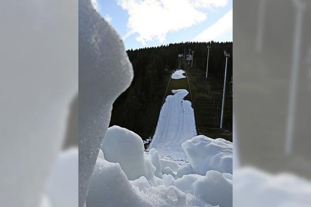 Genügend Schnee für den Weltcup in Titisee-Neustadt