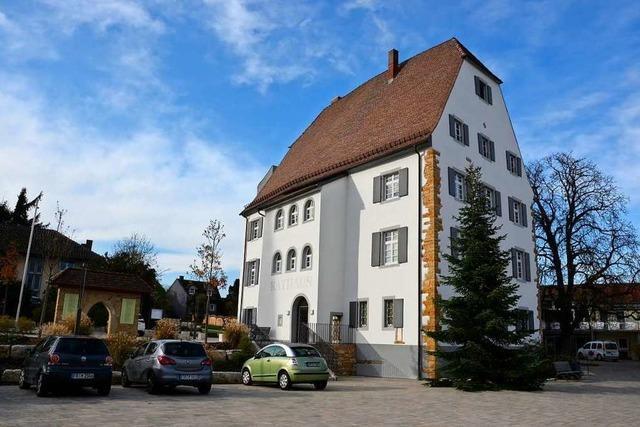 Am Eschbacher Castell hing einst ein Plumpsklo