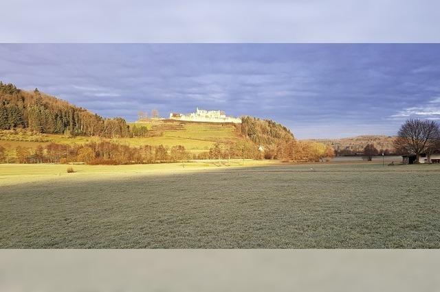 Die Hochburg im Morgenlicht