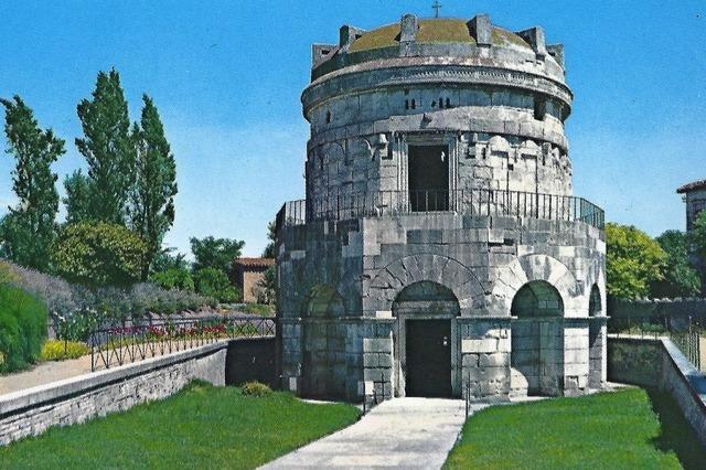 Zu Mosaiken von Ravenna