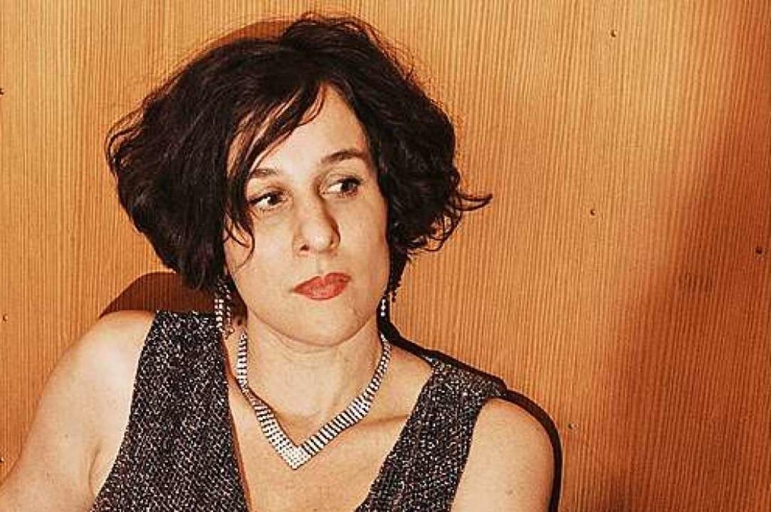 Lisa Bassenge  | Foto: Fotos v. li. oben nach re. unten: Stev...ntja Wiech, Felix Broede. Montage: BZ.