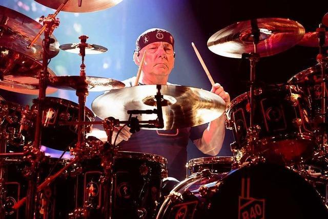 Komplexe Rhythmen, tiefe Texte – Rushs Drummer Neil Peart ist tot