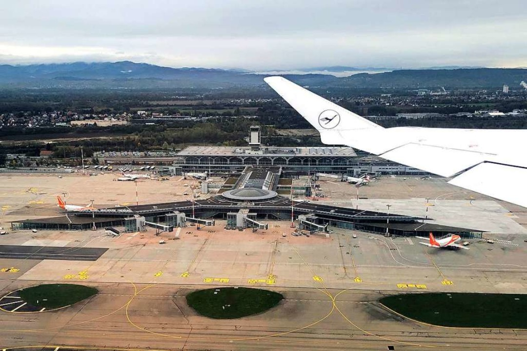 Der Euroairport ist das vergangene Jah...nd eine Entlastung bei den Emissionen.  | Foto: Erich Meyer