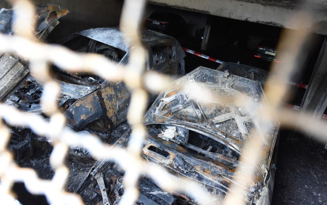 In Landwasser ist es in der Nacht auf ...inem Brand in einem Parkhaus gekommen.  | Foto: Rita Eggstein