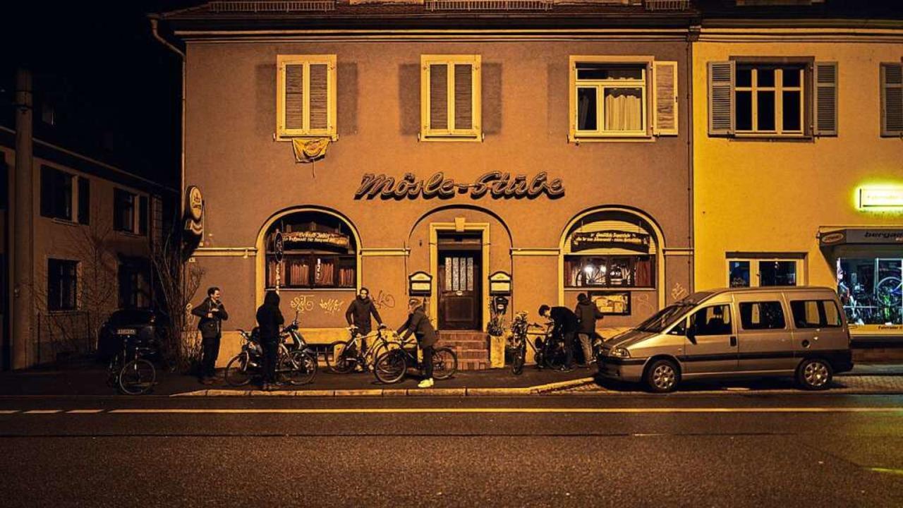 Seit 1970 lädt die Mösle-Stube an der ...gen blieb sie lange Jahre geschlossen.  | Foto: Felix Groteloh