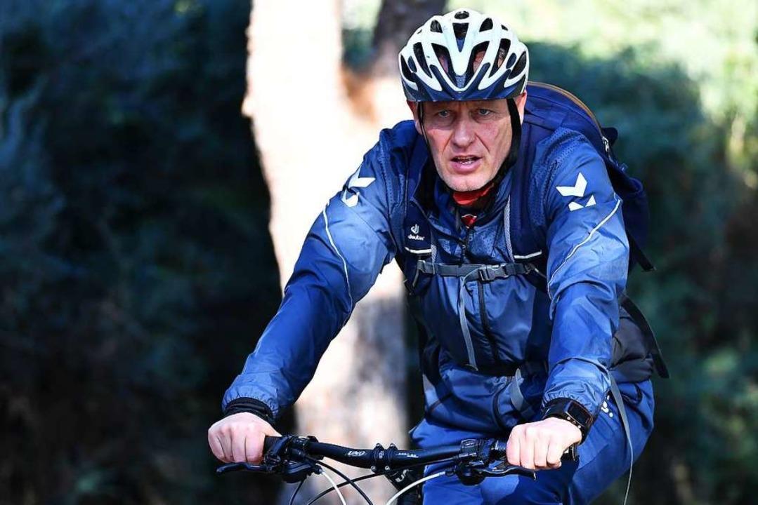 Christian Streich fährt gerne Rad.  | Foto: Achim Keller