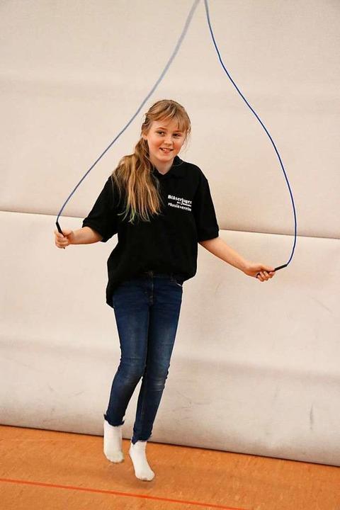 Bläserjugend meets Sport - beim Seilhü...es Rhythmusgefühl wie beim Musizieren.  | Foto: Martha Weishaar