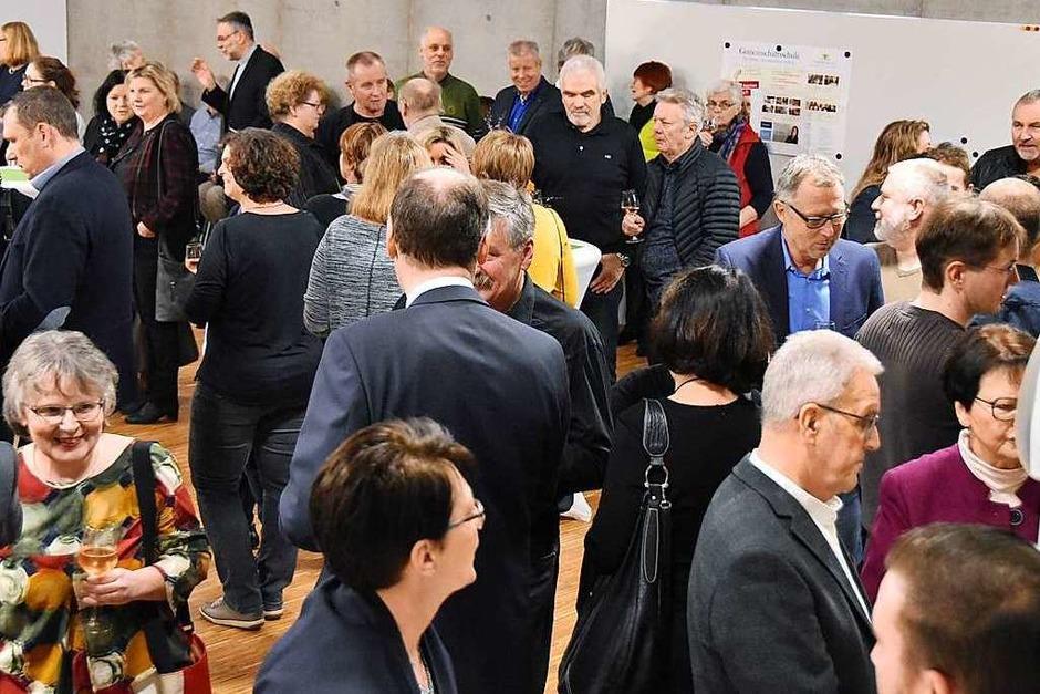 Erstmals fand der Empfang in der Aula der neuen Schule im Gemeindezentrum  statt. (Foto: Andrea Gallien)