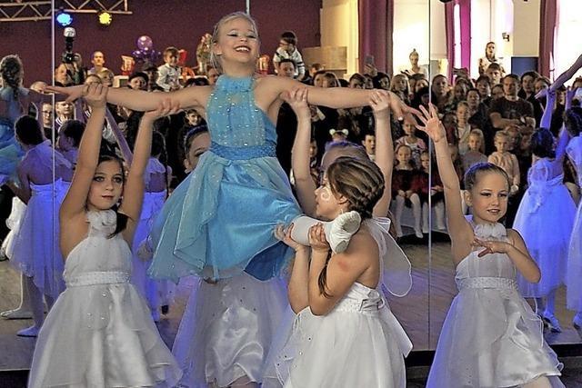 Tanzschule öffnet die Türen