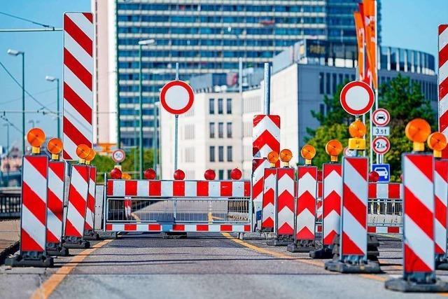 In Ludwigshafen herrscht Verkehrschaos wegen zwei einsturzgefährdeter Brücken